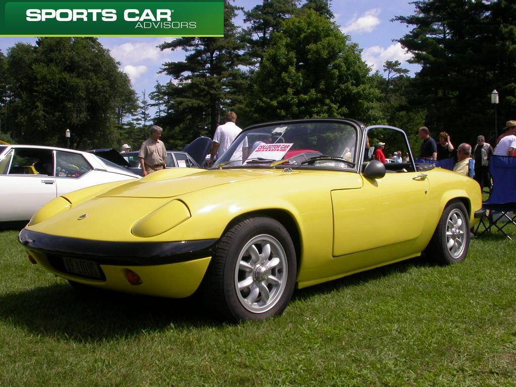 lotus-elan-sports-car-1969
